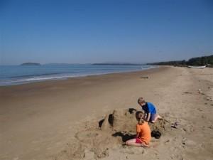 Sandburrg Nummer 3 Unermuedlich!