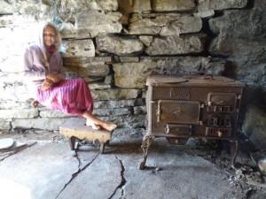 Danach...Einen hüpschen Ofen... schöne Steinplatten...